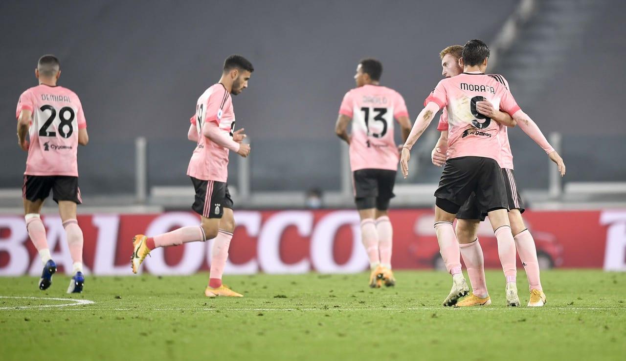 1 1 Melawan Verona Juventus