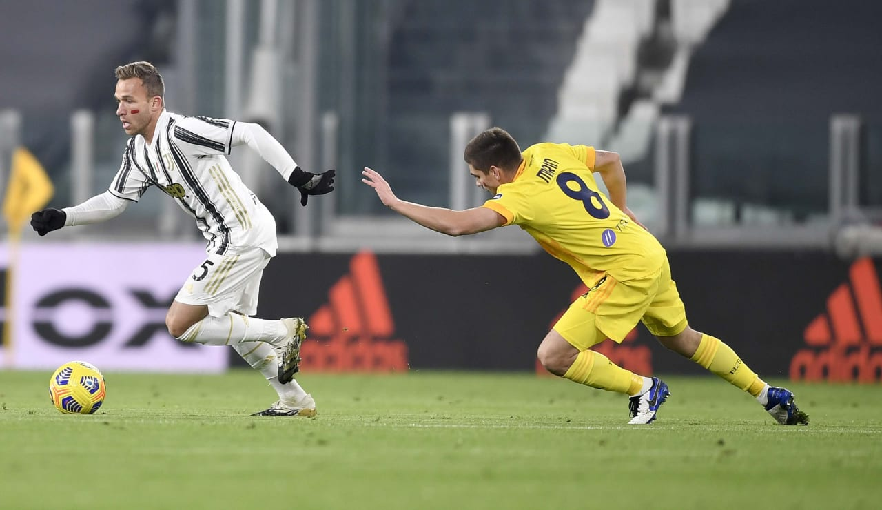 08_J017469_2020112191803614_20201121092109_Juventus Cagliari