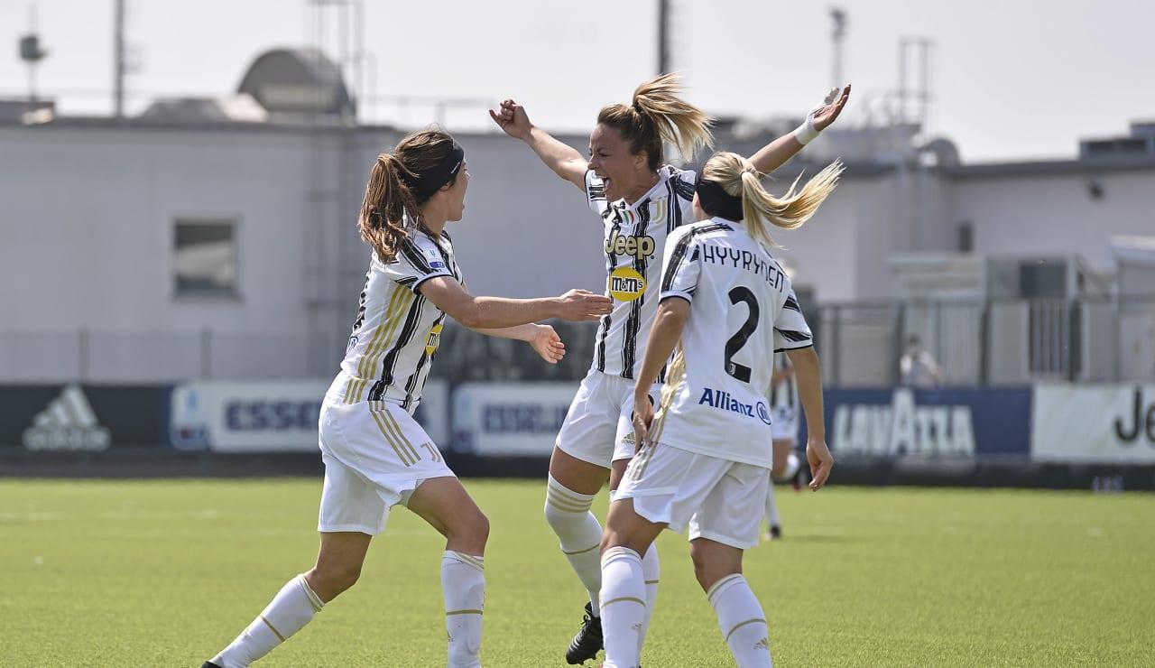 Women_Roma_Coppa16