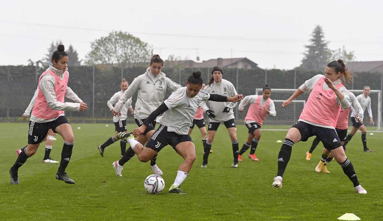 Training Women 29.04 (22)