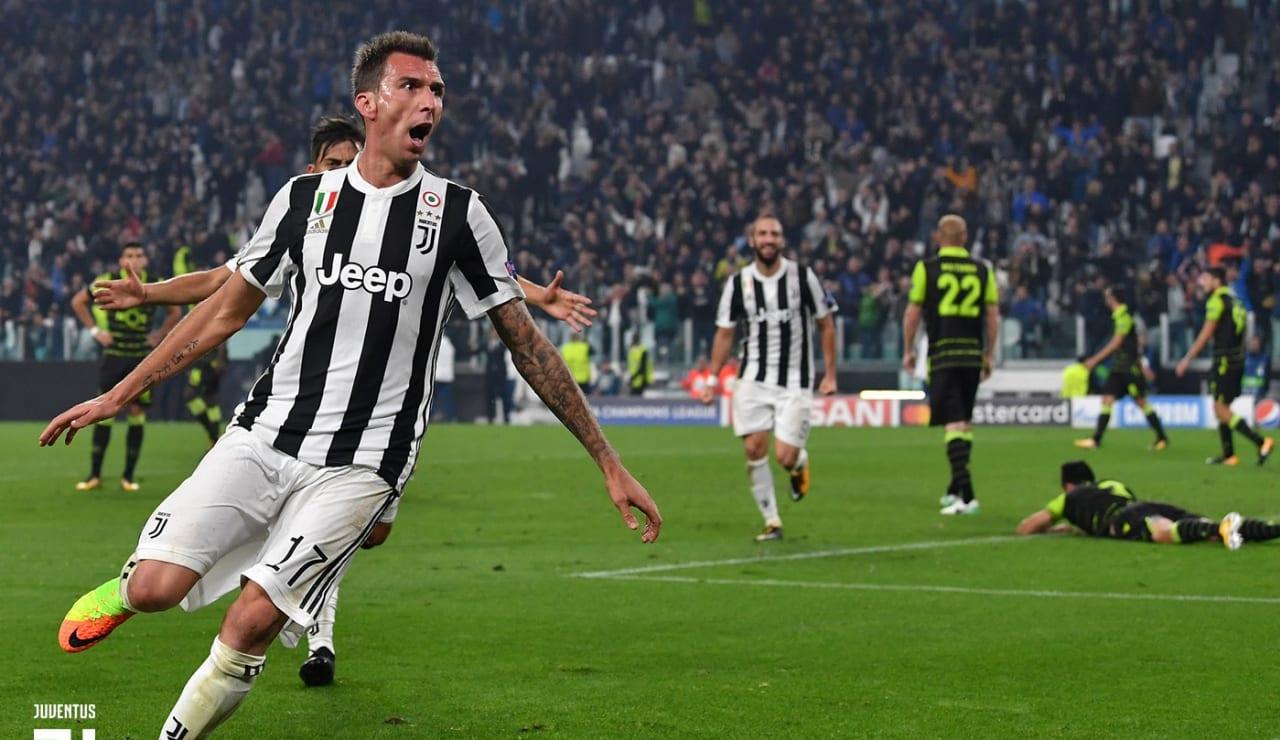 12_775030938VP026_Juventus_v_S_GALLERY.JPG