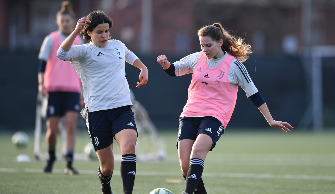 U19 Women Training (14)