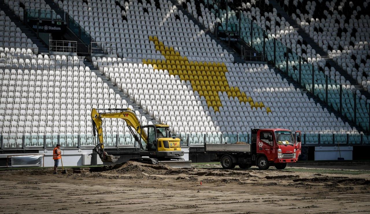 stadium pitch renewal3