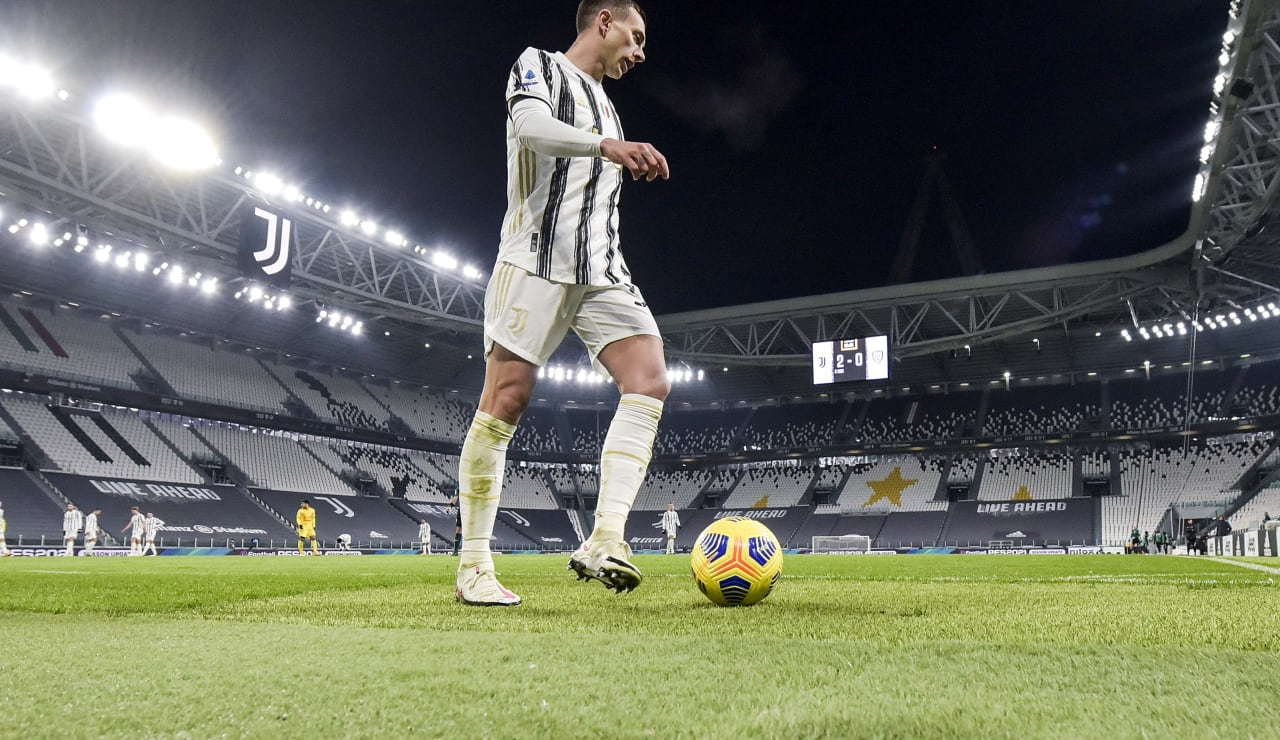 12_J033500_20201121104831690_20201121104917_Juventus Cagliari