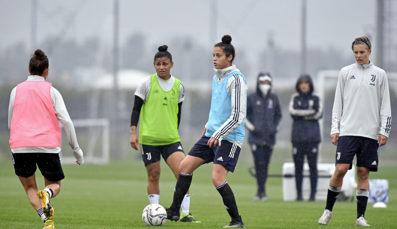Training Women 29.04 (15)