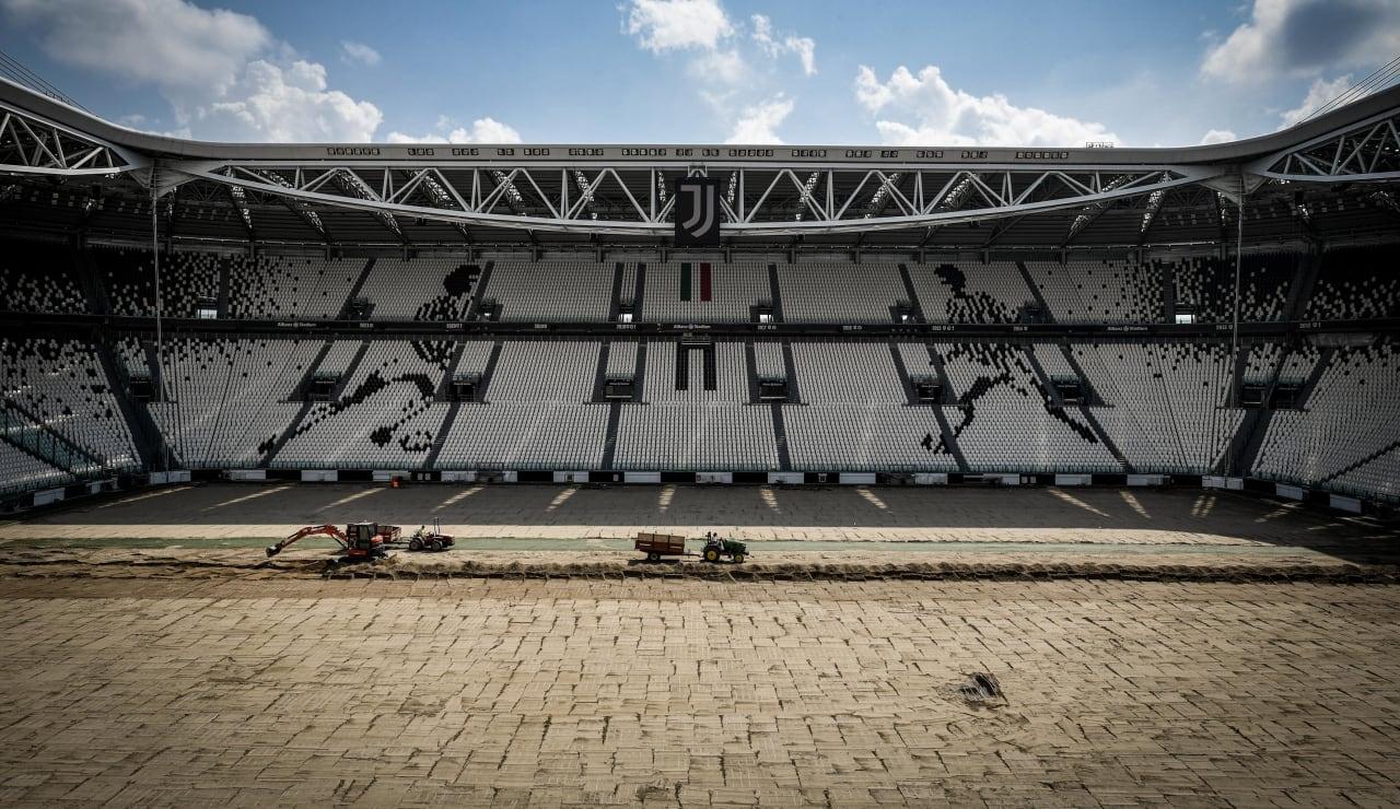 stadium pitch renewal1