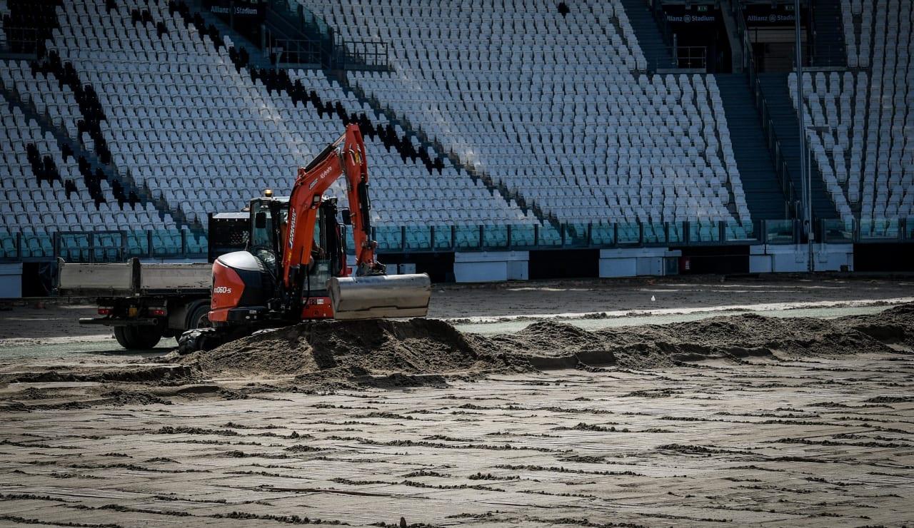 stadium pitch renewal7