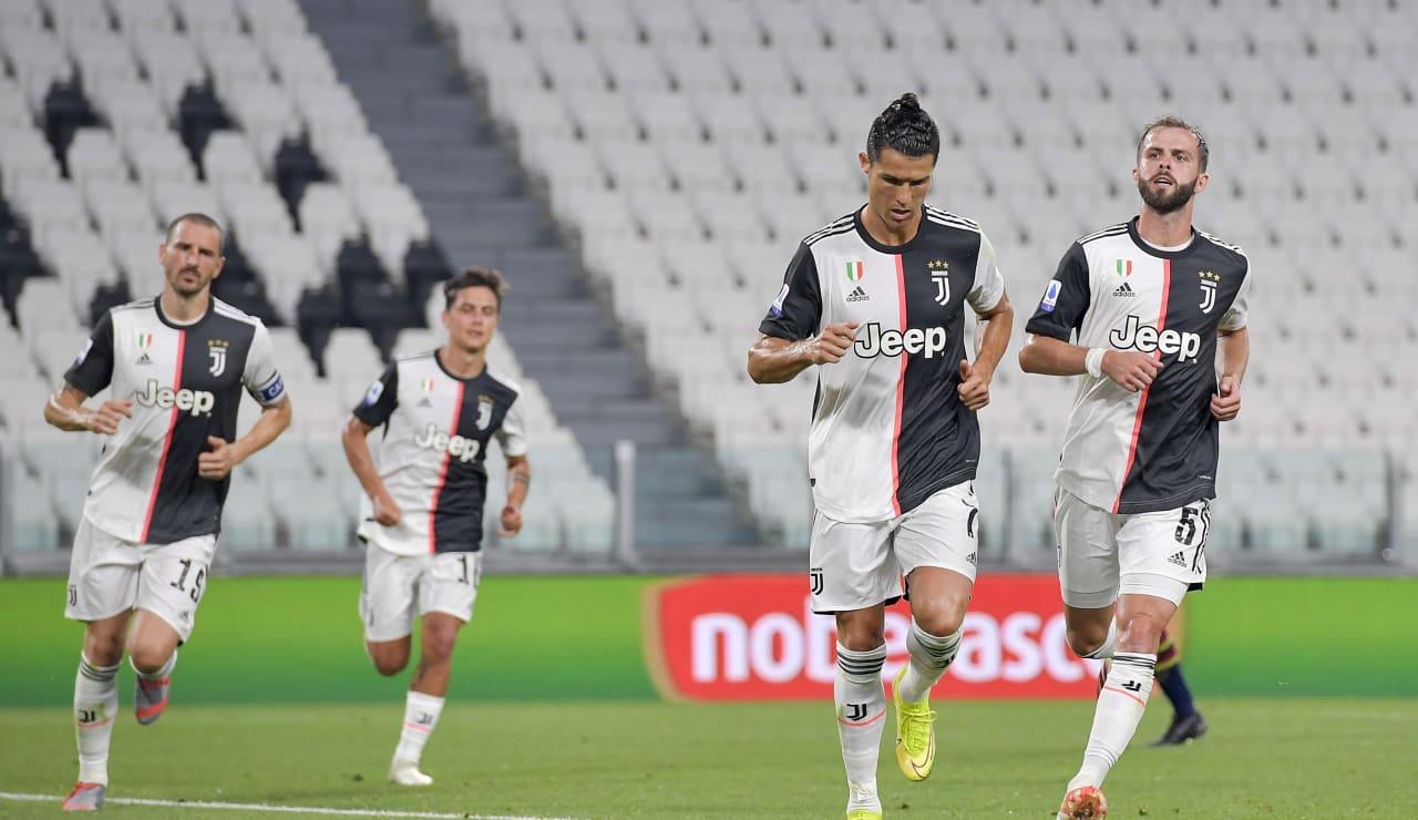 10_J010327_20200626111542596_20200626111919_Juventus-Lecce-26062020