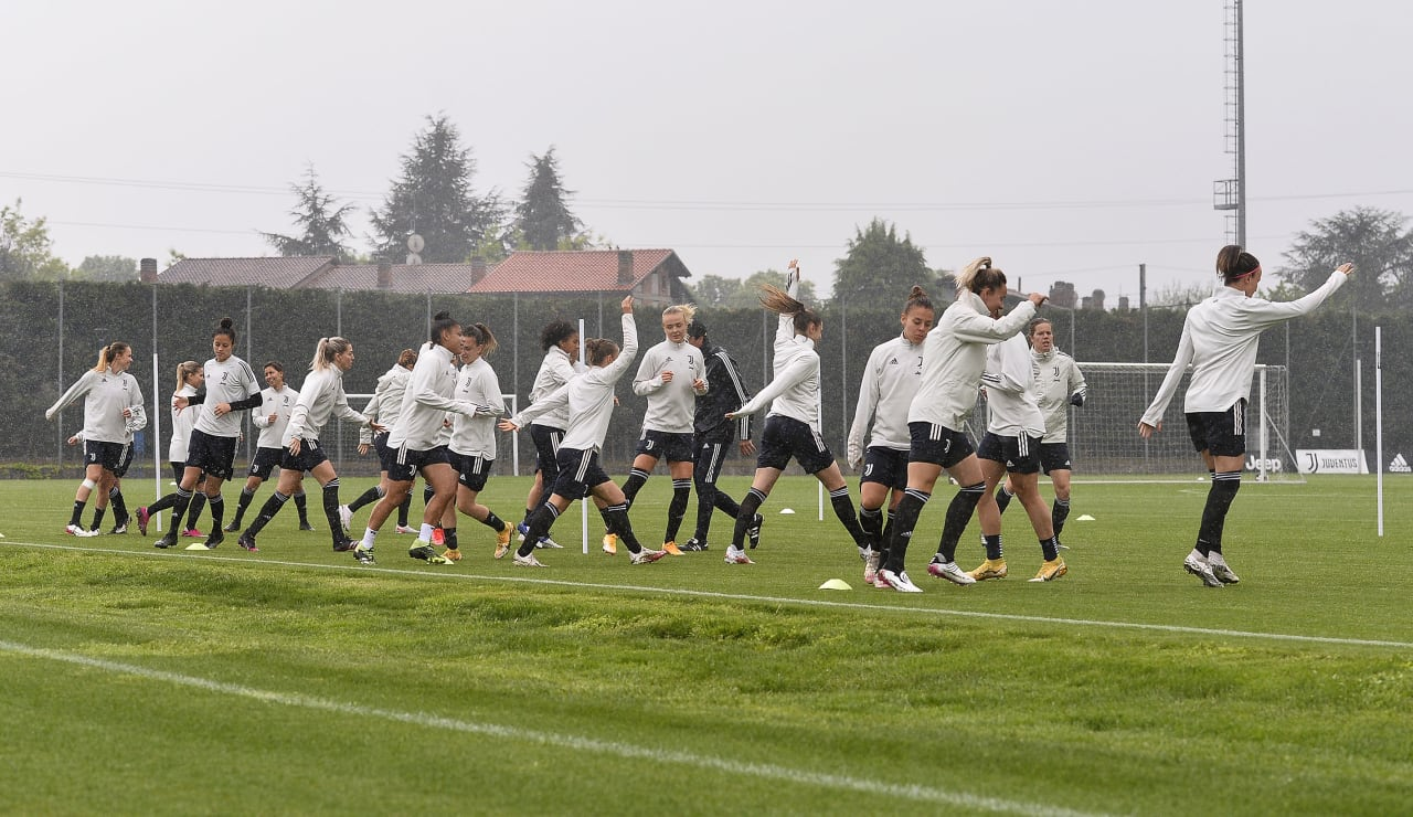 Training Women 29.04 (19)