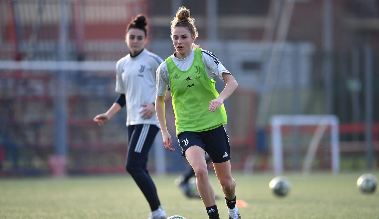 U19 Women Training (15)