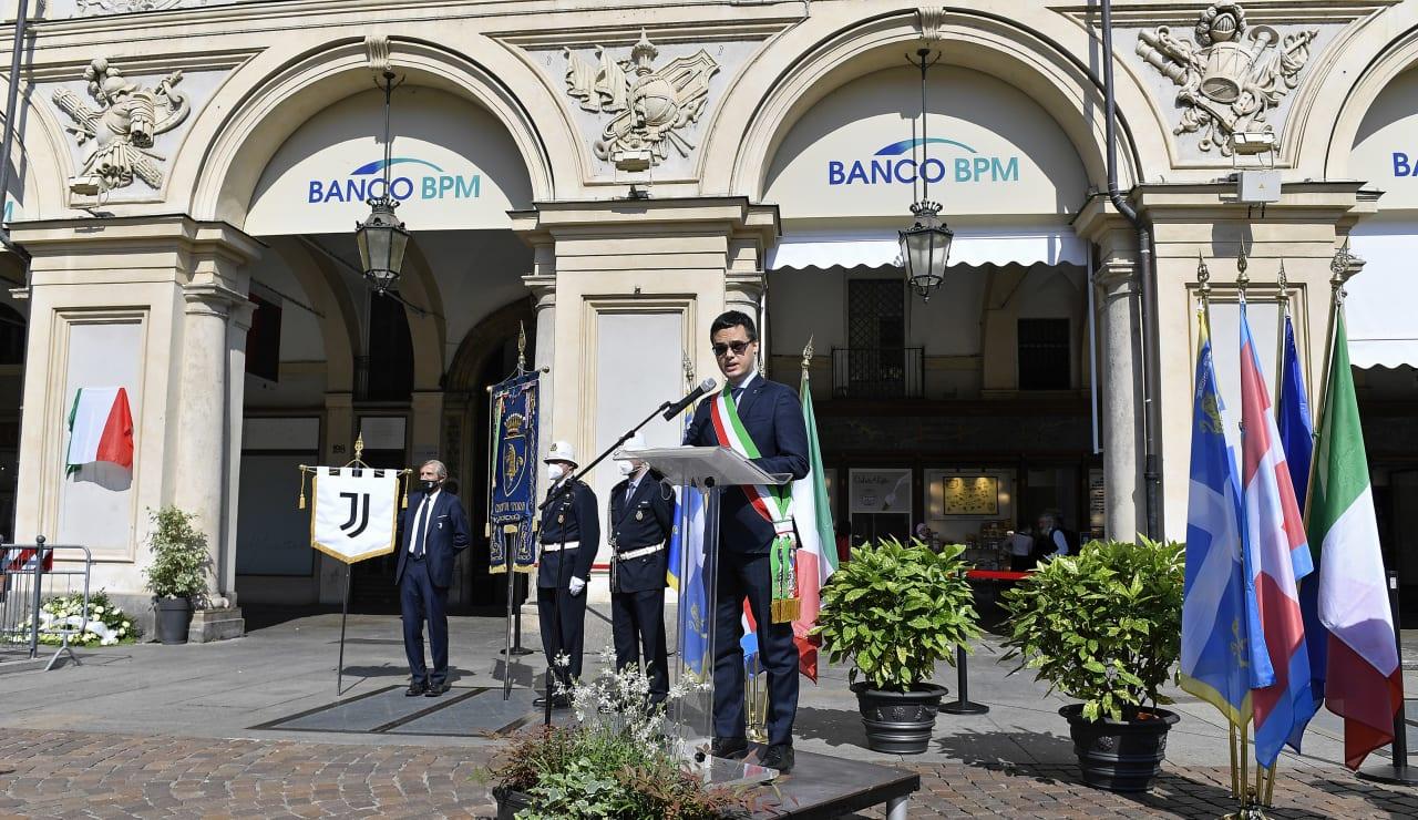 piazza san carlo 20215