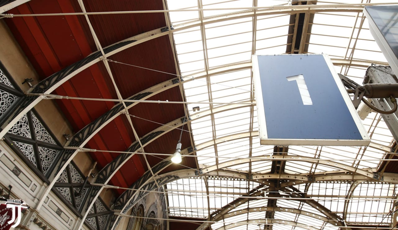intitolazione-treno-charles-02.jpg