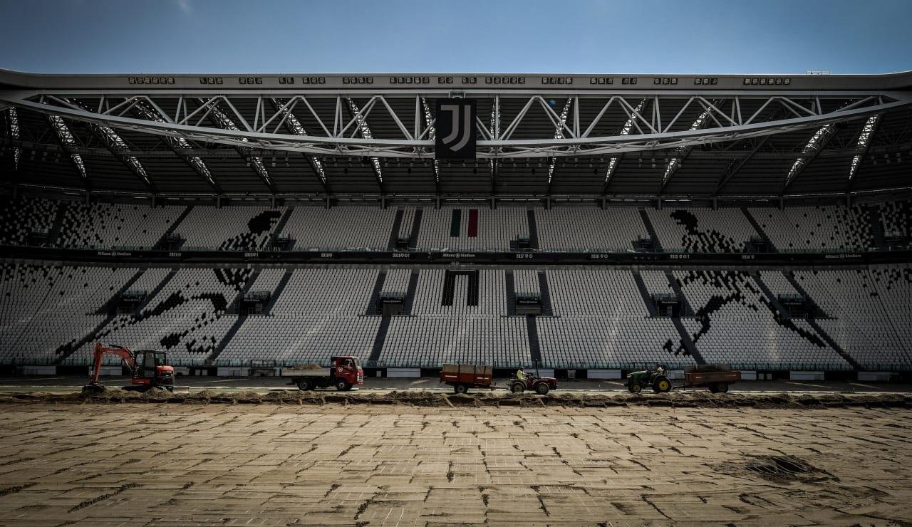 stadium pitch renewal6