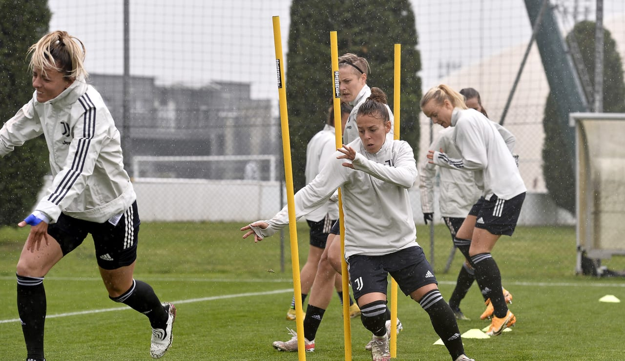 Training Women 29.04 (20)