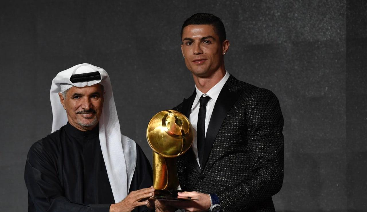 batch_globe_soccer_awardsPHOTO-2019-01-03-22-10-14.jpg