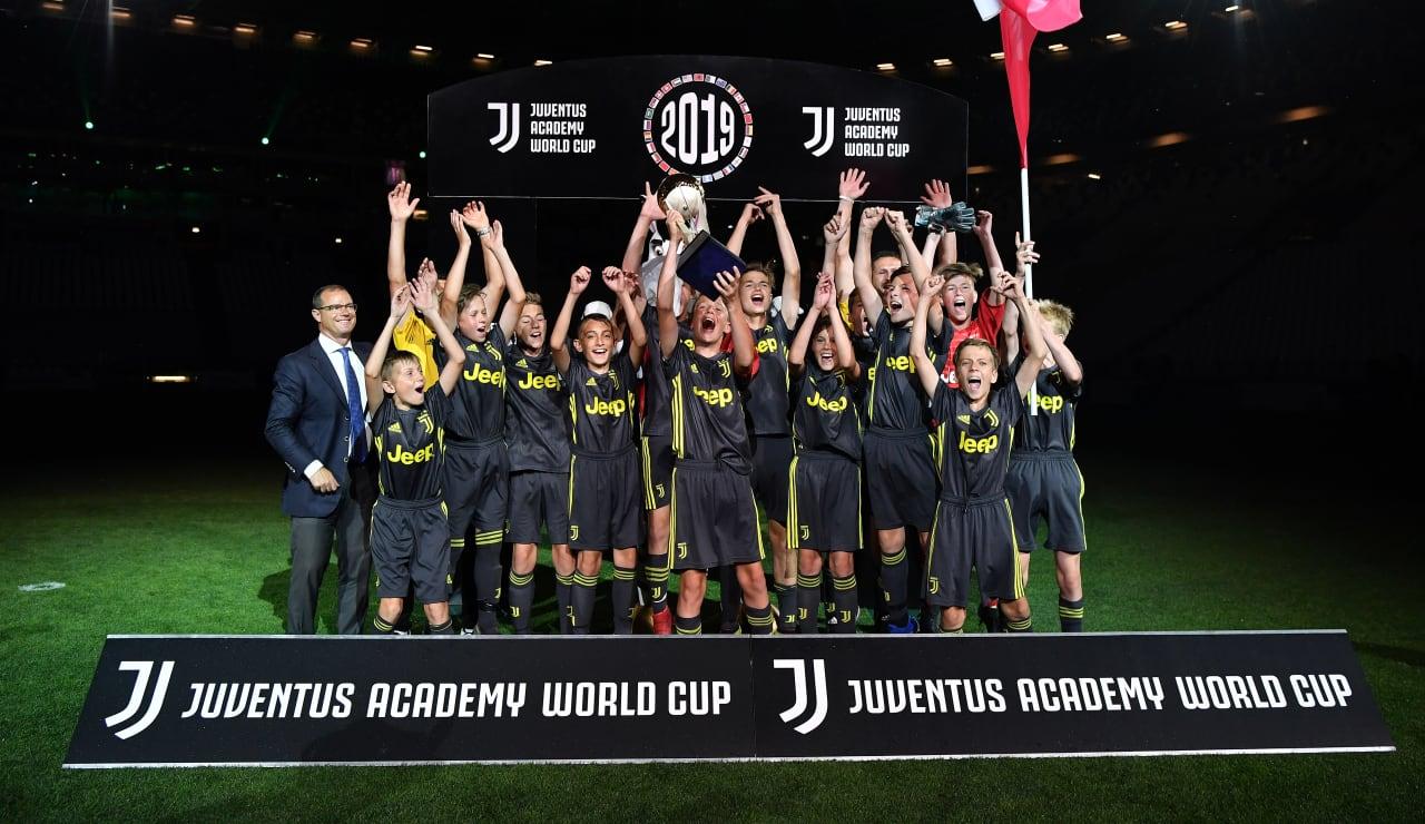 775356096VP262_Juventus_Aca
