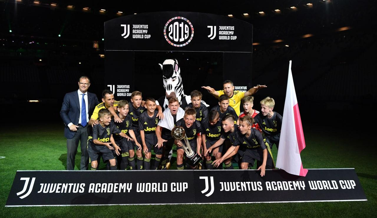 775356096VP266_Juventus_Aca