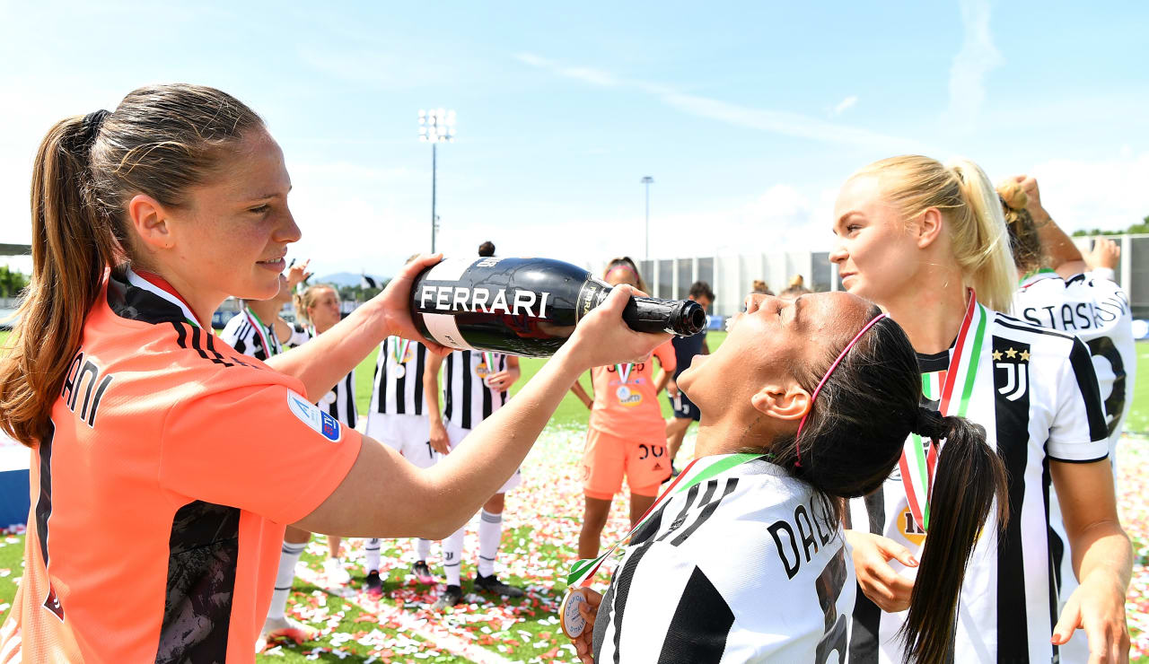 775658090VP020_Juventus_v_F