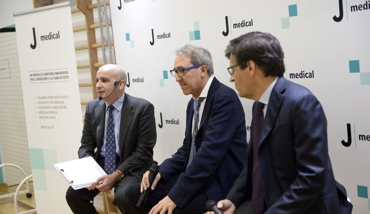 Jmedicalrosa008.JPG