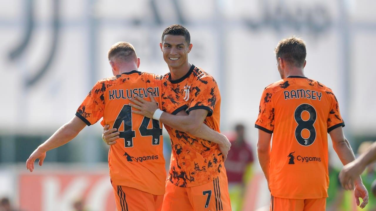 マッチレポート | ノヴァーラとの練習試合で5得点 - Juventus