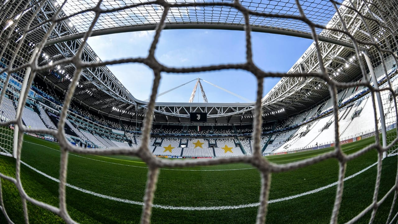 01 UEFA Champions League 7 agosto