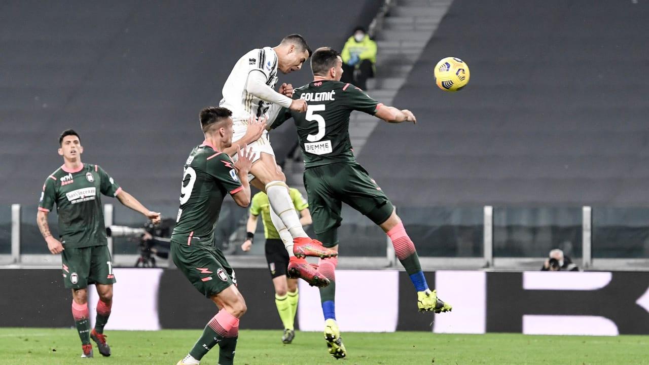 gol ronaldo review
