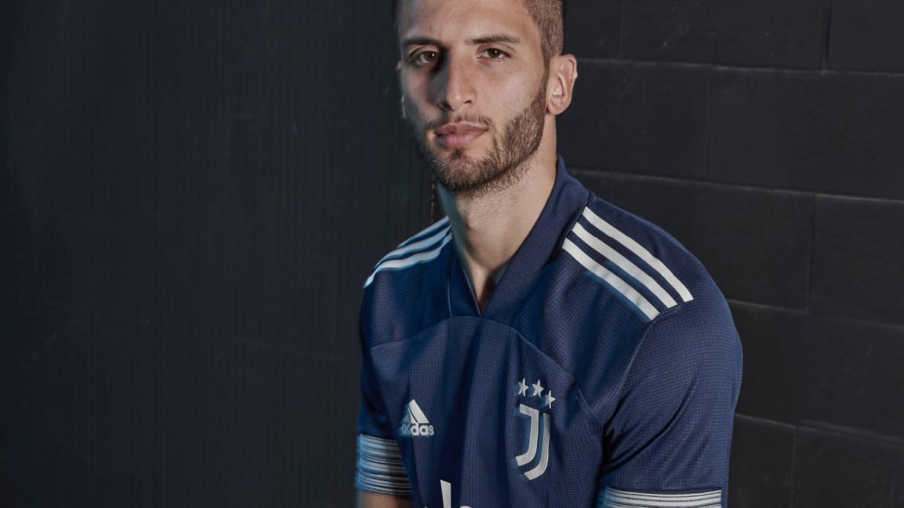 unveiling the new adidas juventus 20 21 away shirt juventus tv unveiling the new adidas juventus 20 21 away shirt