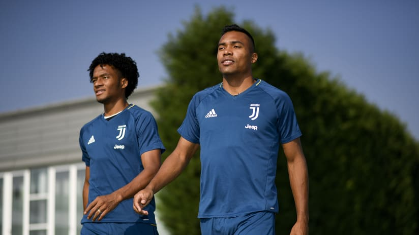 Assist+Gol | Alex Sandro-Cuadrado