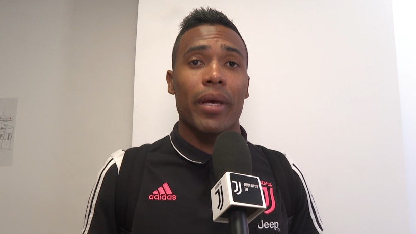 Triestina - Juventus | Alex Sandro: «We are really anxious to start the season»