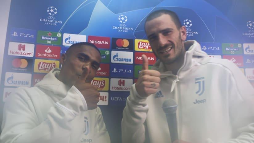 Lokomotiv Mosca - Juventus | Bonucci interviews Douglas Costa