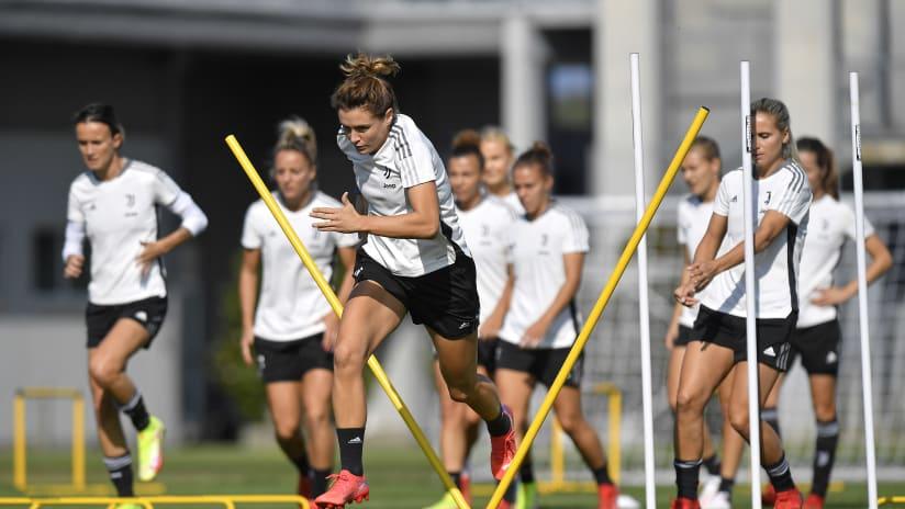 Women | Training ahead of Roma!