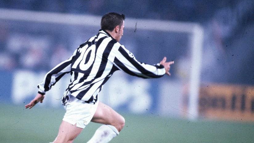La firma di Del Piero nel 1995 | Juventus-Fiorentina