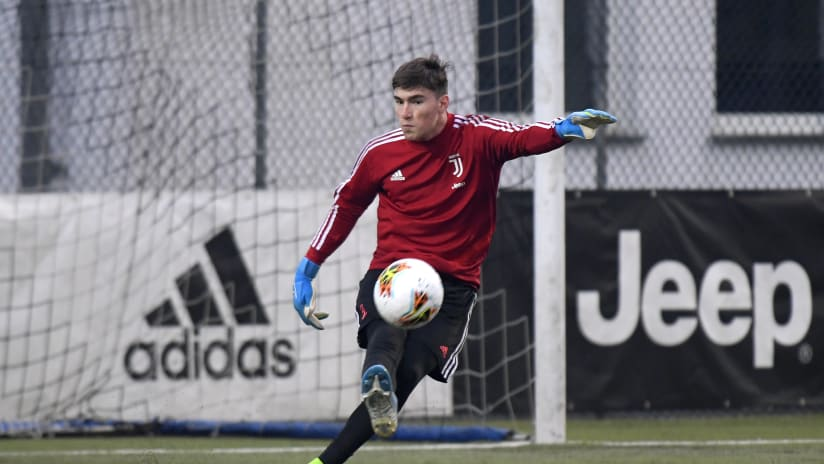 U19 | Franco Israel, from Uruguay to safeguarding Juve's goal
