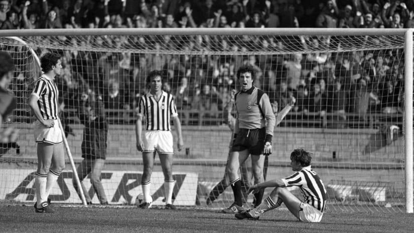 1979-80_Zoff_Cagliari-Juve_8A11_671_20200423100708893_20200514095016