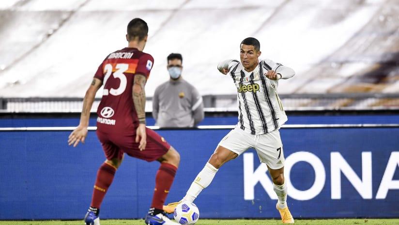 Pitchside view | Matchweek 2 | Roma - Juventus