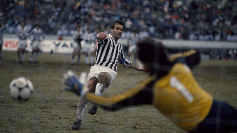 Happy birthday, Antonio Cabrini!