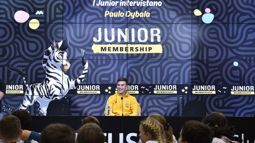 Paulo Dybala incontra i Junior Reporter