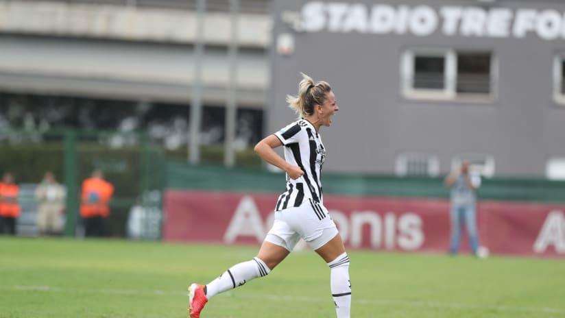 Women   Roma - Juventus   La gioia di Rosucci
