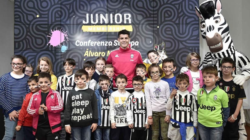 Alvaro Morata incontra i Junior Reporter