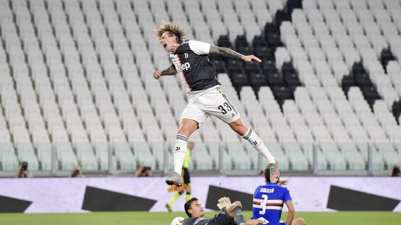 Juventus - Sampdoria | Bernardeschi's joy