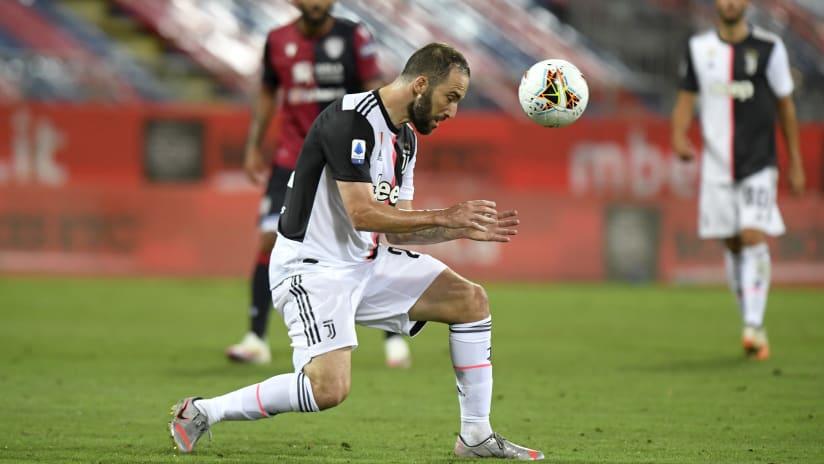 Pitchside view | Matchweek 37 | Cagliari - Juventus