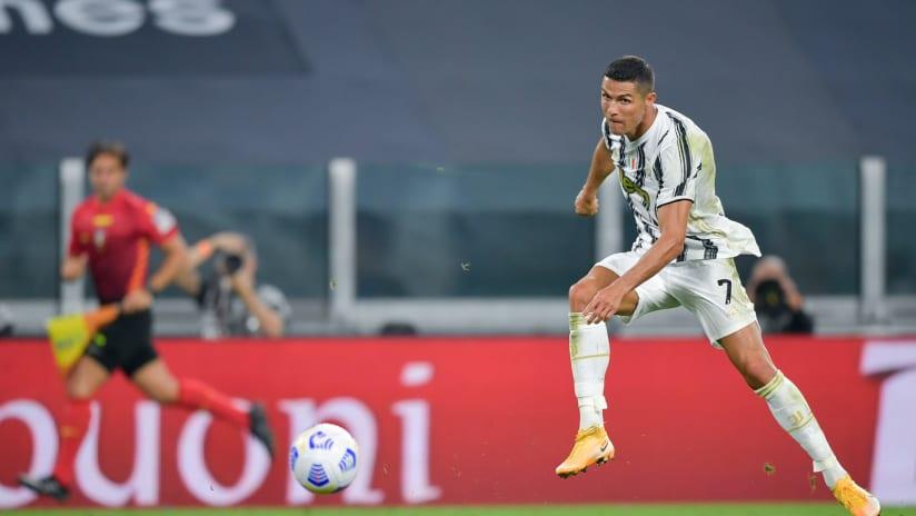 Gol incredibili da fuori area! | Ronaldo, Dybala, Nedved, Pirlo e non solo