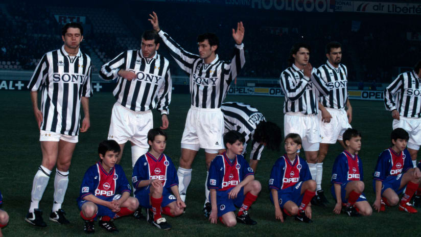 Classic Match European Supercup | PSG - Juventus 1-6 1996