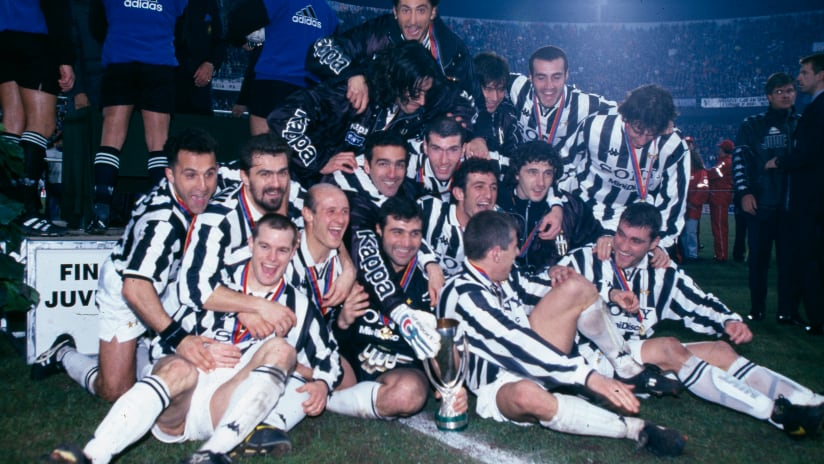 Classic Match European Supercup | Juventus - PSG 3-1 1996