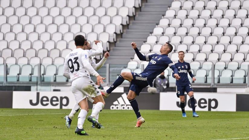 Pitchside view | Matchweek 28 | Juventus - Benevento