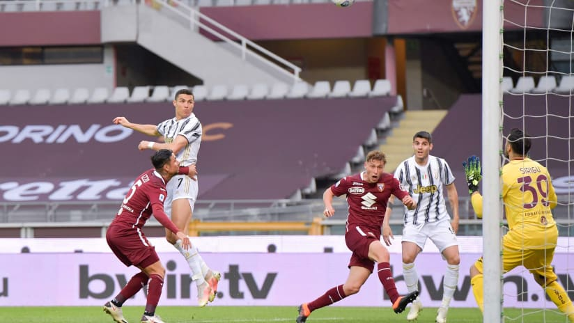 Pitchside view | Matchweek 29 | Torino - Juventus
