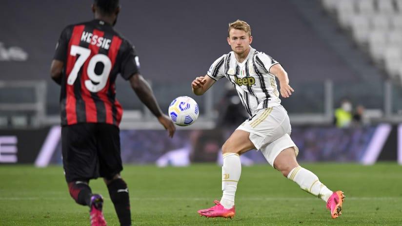 Pitchside view | Matchweek 35 | Juventus - Milan