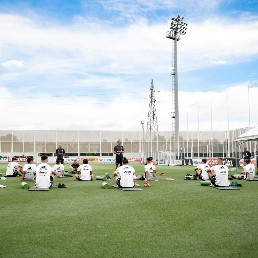 Gallery | Bianconeri's first training session