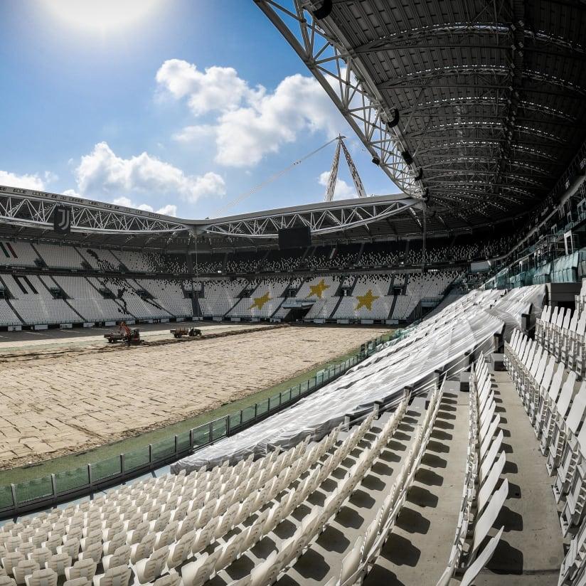 Allianz Stadium undergoes work for a new field!