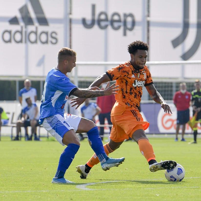 GALERIA | Cinco gols contra o Novara no Centro de Treinamentos
